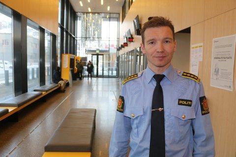 DYREPOLITI: Etterforskningsleder i Troms politidistrikt Yngve Myrvoll sier de snart har på plass de to etterforskerne som skal utgjøre dyrepolitiet i Troms.