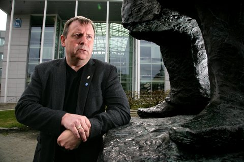 KRITISK: Dette bildet av Jan Blomseth er tatt mens han representerte Frp. Nå er han høvding i Nei til bompenger.