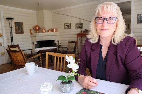 TRADISJON: Reidun L. Traasdahl Nilsen vil bevare den gamle stilen og sjela i hotellet.