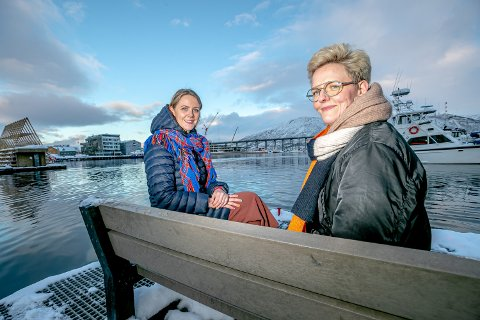 UAKSEPTABELT: At boligmarkedet stenger ute vanlige arbeidere med normal lønn, er en krise for byen, mener Marta Hofsøy (til venstre) og Kari Skog. De har skrevet hvert sitt bidrag i ei ny bok.
