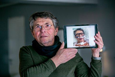 REDDET AV FORMEN: Svein Olaf Larsen ble lagt i koma 27. mars 2020. 39 døgn senere ble han vekket. Ipad-bildet viser ham etter at han våknet. Foto: Torgrim Rath Olsen