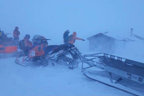 EKSTREMT: Bildene fra Skarvassbu viser naturkreftene redningsmannskapet måtte kjempe mot.