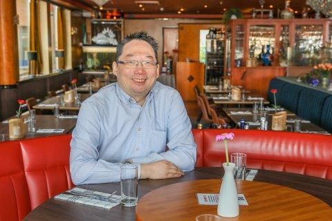 TAKEAWAY ER DEN NYE VINEN: Eddy Ngan i Lotus Mat og vinhus sier de omsetter for 600.000 hver måned i kun takeaway.