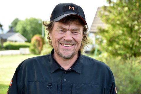 I TROMS: Lars  Monsen, broren Jan og turkameraten Mattis Thørud, var i Bardu tirsdag.