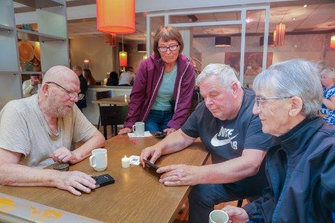 SER BRA UT: Bengt Johannessen (f.v), Åshilld Johnsen, Markus Stokmo og Hermod Indreberg synes skissene av den nye bydelen så bra ut.