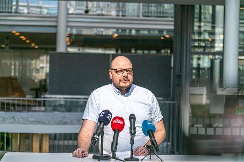 MANGLER LINK: Øivind Benjaminsen oppgir at de mangler en link for å kunne knytte ett av dagens fire nye smittetilfeller til det seneste utbruddet i Tromsø.