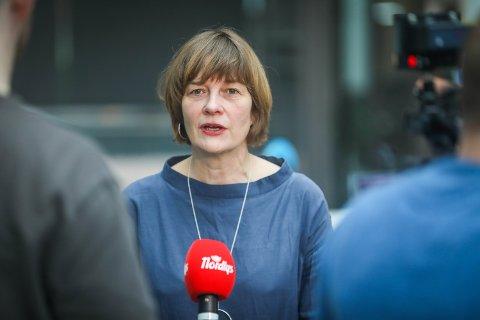 HØYE TALL: Mandagens koronatall er det høyeste på over to uker. Her er kommuneoverlege Inger Hilde Trandem ved en tidligere anledning.