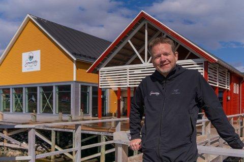 FREMOVERRETTET: Bengt Holger og Sommarøy Arctic Hotel registrerte ny omsetningsrekord i juli, selv om været ikke spilte på lag.