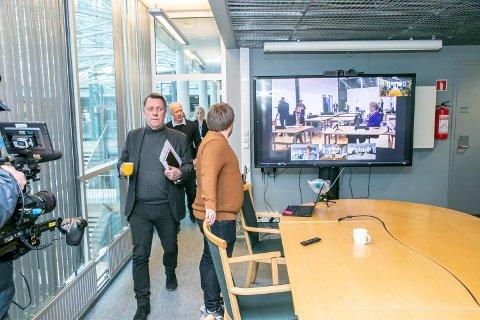 MÅTTE BEKLAGE: Gunnar Wilhelmsen var først taus om møtet med Hurtigruten. Så måtte han beklage. Nå har han vært i nytt møte med selskapet han er politisk inhabil å håndtere.