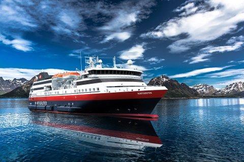 MS Spitsbergen blir seende slik ut etter ombygginga ved verftet. Høyst sannsynlig kommer arbeidet igang onsdag.