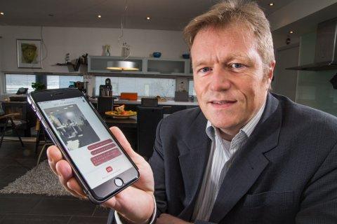 Terje Wold i Invenia. Her med en av selskapets sideprodukter, en krypteringsapp for mobil.