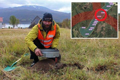 Arkeolog Vidar Benonisen under utgravningene i 2014. (Foto: Bengt Nielsen)