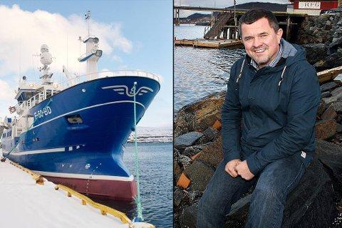"""NYBÅTEN: Rolf Bjørnar Tøllefsen og nybåten som er døpt """"Rolf Asbjørn""""."""