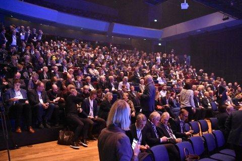 500 DELTAKERE: Agenda Nord-Norge samler rundt 500 deltagere til den femte samlingen som i år er lagt til Svolvær.  Mandag ettermiddag fikk de høre at veksten i nord avtar.