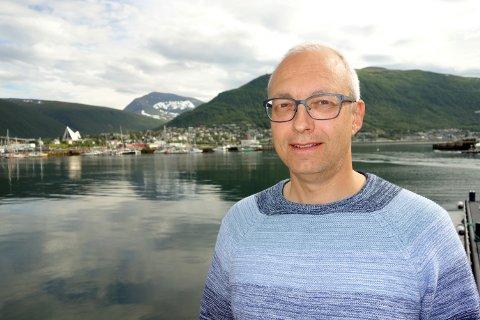 VARSLER LAKSEVEKST: Paul T. Aandahl, analytiker i Norges Sjømatråd