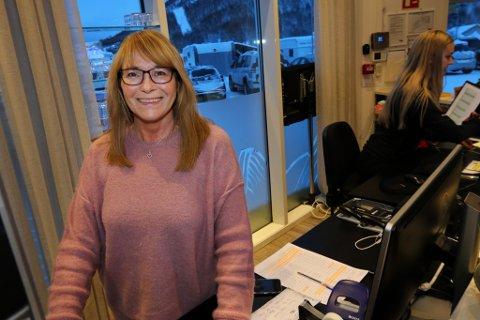 - STORTRIVES: Elisabeth Gamst fikk fast jobb på Tromsø Lodge and Camping etter flere år utenfor arbeidslivet.