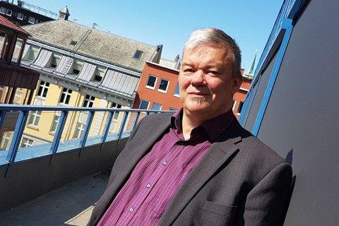STORE ØKNING: Frode Pedersen i Sparebank1 Nord-Norge ser en stor økning i svindelforsøk.