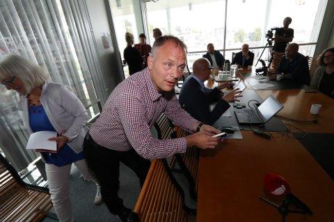 FORSIKRING: Pål Julius Skogholt ville vite om Tromsø kommune har systemer som hindrer hackerangrep som det andre kommuner er blitt utsatt for.