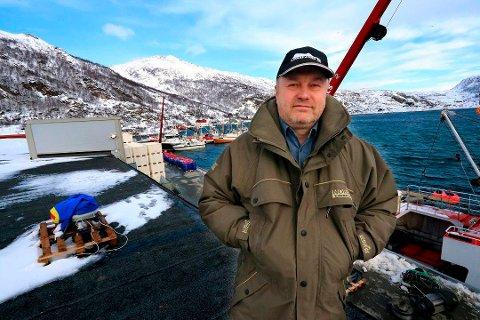 TRØBBEL PÅ YTTERSIDA: Alexander Grokhotov har en bakgrunn både fra militæret og forretningsverden - samt politikk. Han eide fiskebruket i Løksfjord på Rebbenesøya før det gikk konkurs.