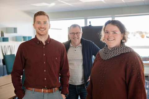 TAR OVER: Hedvig Jakobsen blir økonomisjef i NTS ASA fra 1. januar 2021, samme dato blir Pål Gunnar Hovelsen konsernkontroller. Her sammen med dagens økonomisjef Arne Kiil.