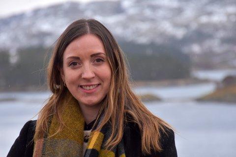 ARV OG MILJØ: Vibeke Emilsen hadde egentlig staket ut en annen kurs. I dag jobber hun med arvematerialet som legger grunnlaget for store deler av oppdrettsvirksomheten langs kysten.