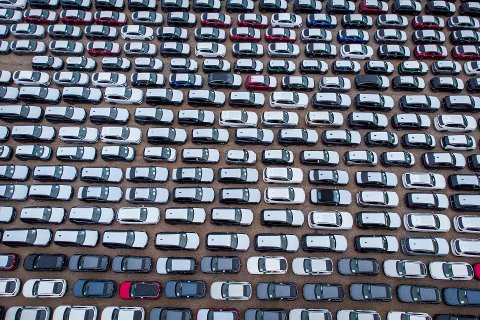 Bilimporten økte med 290 prosent i april i år, sammenlignet med april i fjor.