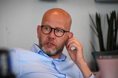 STREKK I FELTET: Tord Lien, NHOs regiondirektør i Trøndelag, ser tydelige fellestrekk ved kommunene som kommer best ut av NHOs kommune-NM. Det gjelder også for kommunene i motsatt ende av skalaen.