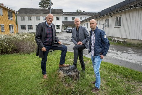 Plusshus pluss, karakteriserer  ordfører Bjørn Iddberg, fylkesmann Sigurd Tremoen og klimakoordinator Erik Sandberg, nye Furulund.