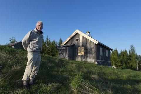 Edvard Noer Bjørge gledet seg over den store støtten prosjektet på Bjønnhaugen har fått.Bildet er fra sommeren 2016. Foto: Henning Gulbrandsen