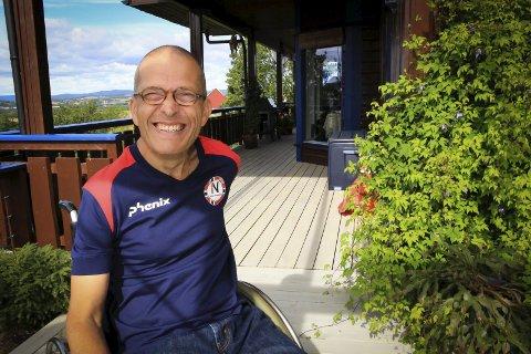 SJETTE MESTERSKAP: Roger Aandalen fra Fet har drevet med individuell boccia siden 80-tallet. Nå stiller han i sitt siste Paralympics. Foro: Linda Ingier, rb