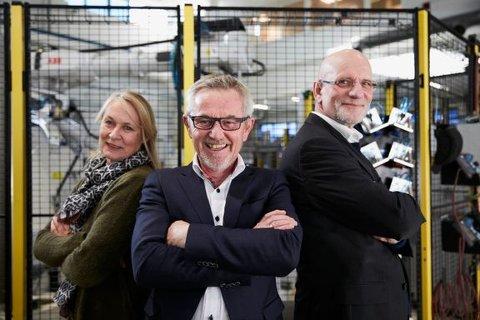 Mette Foss Dalseg (daglig leder TotAl-gruppen) (f.v, Svein Terje Strandlie (adm.dir SINTEF Raufoss Manufacuturing) og Ottar Henriksen (prosjektdirektør SINTEF Raufoss Manufacturing og prosjektleder for katapultsenteret) fikk i går en enda mer sentral rolle i utviklingen av den framtidige industrien i Norge.