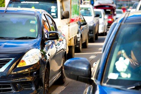 MANGE BILULYKKER: Statistisk sett vil det bli flere bilulykker hvert minutt i dag på Black Friday mellom klolkka 12 og 18.