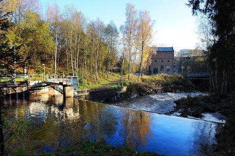 Mer vann: Gjøviks første kraftverk, Brufoss berøres ikke av de nye anbefalingene for minstevannføringen i nedre deler av Hunnselva.
