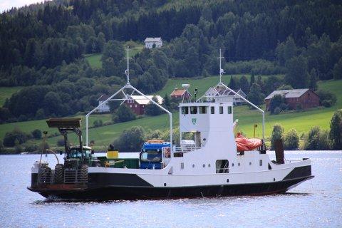 68 ÅR GAMMEL: Randsfjordferga er derfor snart moden for utskifting. ARKIVBILDE