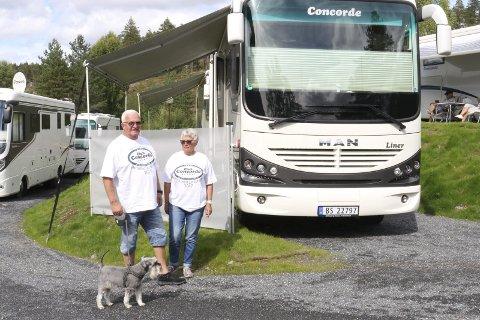 2011-MODELL: Berit og Arne Kolbjørn Hoff fra Gjøvik, nå bosatt på Eina, kjører mye Concorde.Foto: Geir Norling