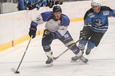 TETT PÅ: OA vil være ringside mens ting skjer. Denne vinteren kan du følge Gjøvik Hockey på direkten - på oa.no.