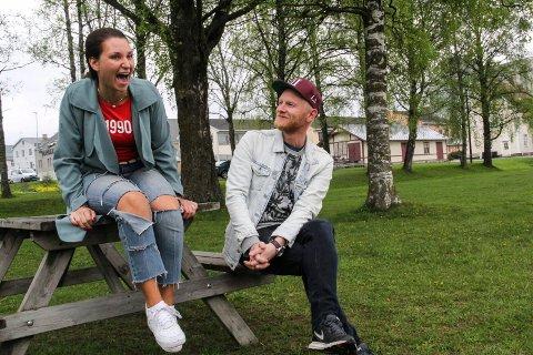 SOMMERJOBB: Nora Jabri tar nok en gang med seg Lewi Bergrud til Mårråstund.