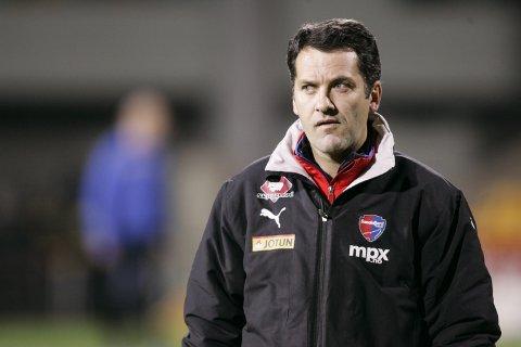 Tidligere eliteserietrener Tor Thodesen er kritisk til det høye antallet 2.-lag i 3. divisjon kommende sesong.