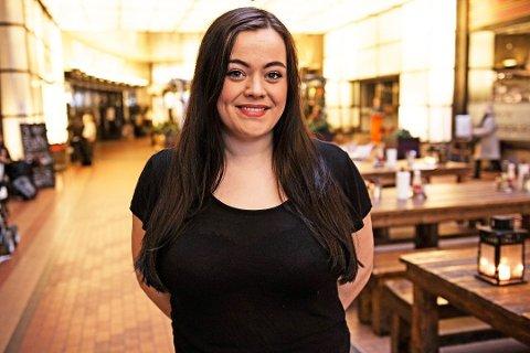 HJALP TIL: Ingrid Marie Vaag Endrerud (24) overlevde massakren på Utøya og har hjulpet Erik Poppe med hans film om angrepet.