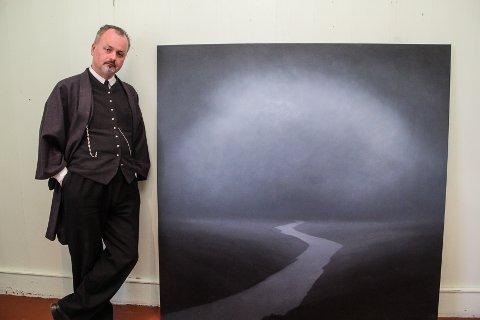 I BALKES ÅND: Christopher Rådlund sesongåpner med utstillingen Aftenland på Peder Balke-senteret lørdag ettermiddag. Dette maleriet har han solgt til og fått låne igjen av Per Sundnes.