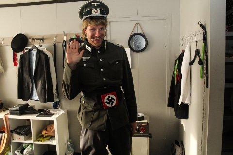 RIKTIG UNIFORM: Håkon Skaug som nazisten Heinrich Wald.