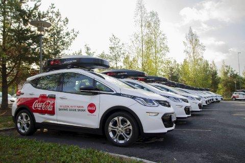 STORKONTRAKT FOR OPEL: 100 Opel Ampera-e er levert til Coca-Cola.FOTO: Coca-Cola European Partners Norge