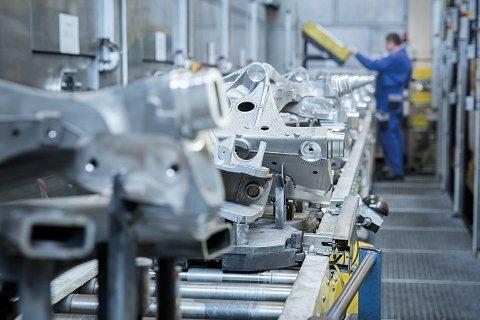 Portraits and scenes of Benteler Automotive on the premises of the Benteler Schwandorf facilities (main factory-focus on aluminum)