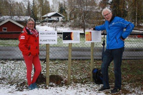 Hilde Lindahl og Bjørn Bjørneng ønsker velkommen til en stjernekveld på Lands Museum