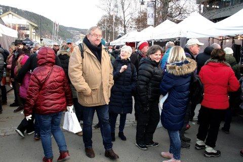 FOLKELIV: Det var storinnrykk av besøkende til den årlige rakfiskfestivalen i Fagernes denne helga. Politiet melder om få hendelser knyttet til arrangementet.