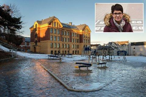 FULLTALLIG: Skolesjef Hilde Dahl Lønstad uttalte at Gjøvik skole nå måtte ned på det nivået de skal være. Det vil si 2,5 årsverk færre. Nå har kommunestyret bestemt at overtalligheten skal settes i bero.
