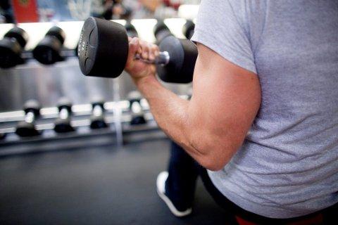 Uoppnåelige kroppsideal fører til stupfyll, depresjon, unødvendig slanking og økt risiko for å bruke anabole steroider