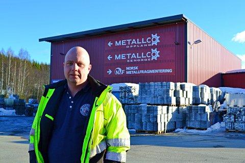 HAR GJORT TILTAK: – Vi har gjort tiltak for å sikre oss, men du får på en måte aldri sikret deg hundre prosent, Morgan Brenden, daglig leder for Metallco Ee Norge AS etter helgas brann.
