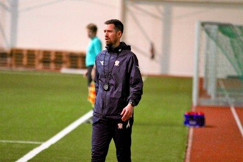 Ole Anders Ulven ble nektet å lede Valdres FK mot Fana sist helg.  I en kamp Valdres FK tapte hele 1-10.