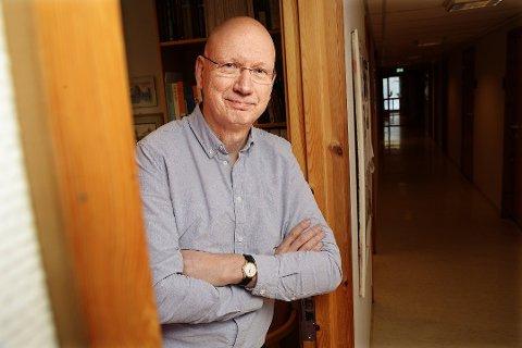 – VELDIG SPESIELT: Professor Jon Helge Lesjø har vært borti at under hundre stemmer har avgjort et maktskifte, men aldri at én stemme har vært så avgjørende som i Vestre Toten.